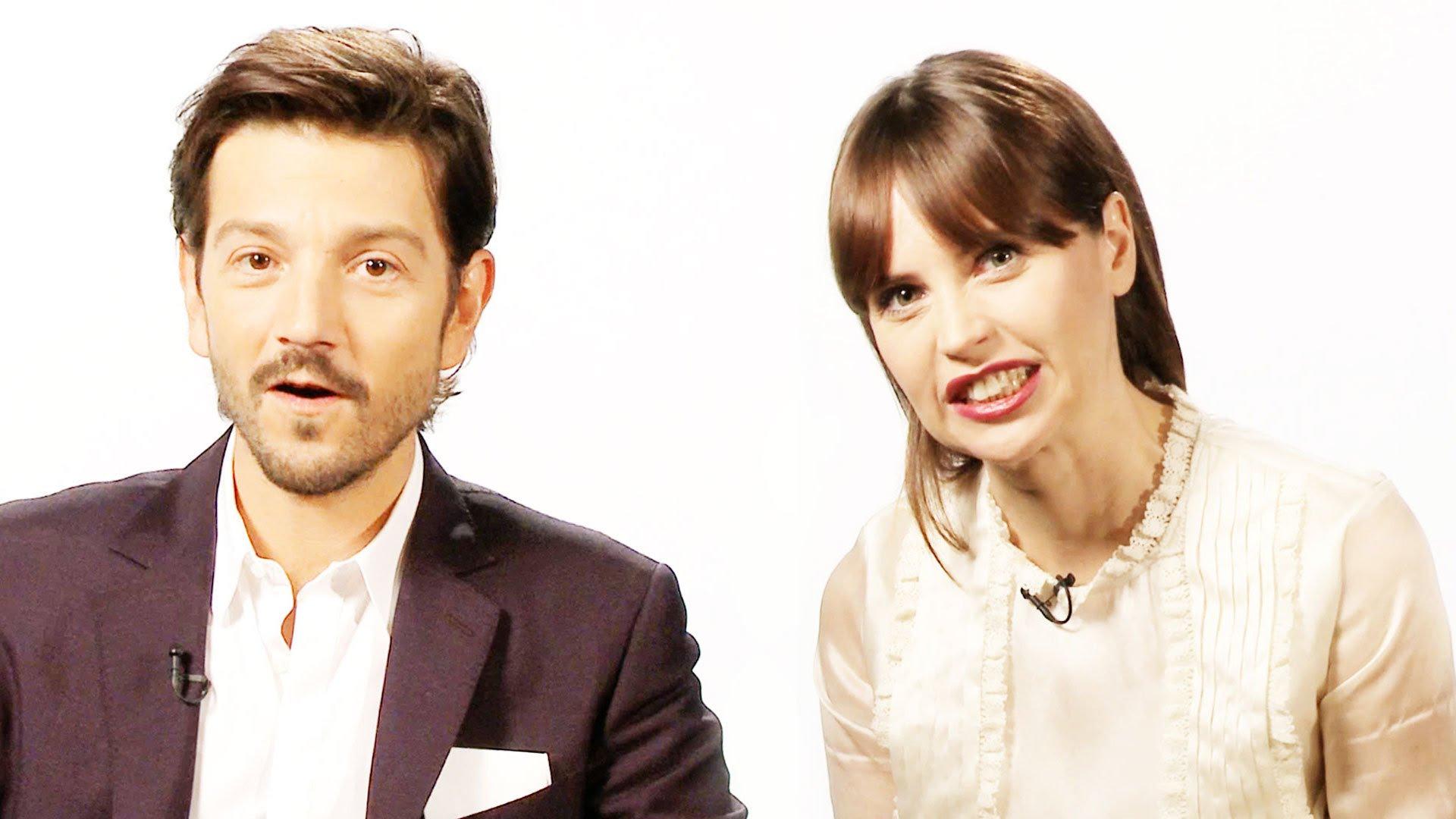 映画のプロモーション・インタビューで、 Rogue One:スター・ウォーズ・ストーリーのスターを見てみましょう。